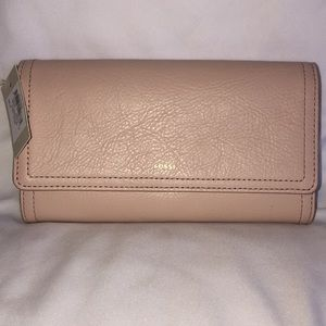 NWT Fossil trifold wallet